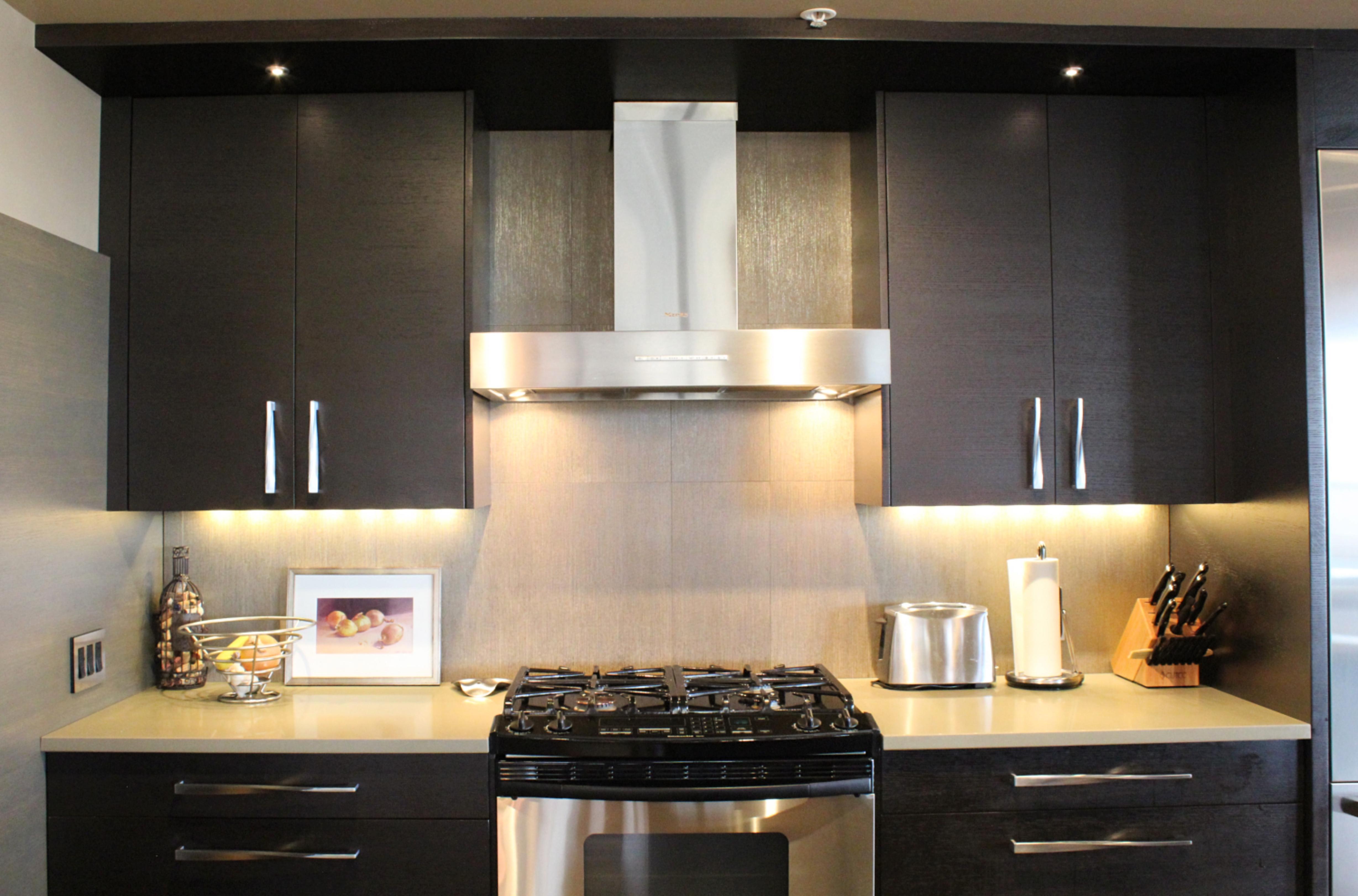 tinys-granite-works-modern-kitchen-5